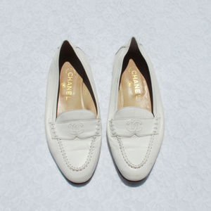 AUTHENTIC Vintage CHANEL CC Logo Flats Shoes